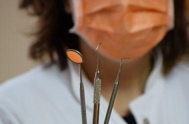 dentysta, lekarz stomatolog